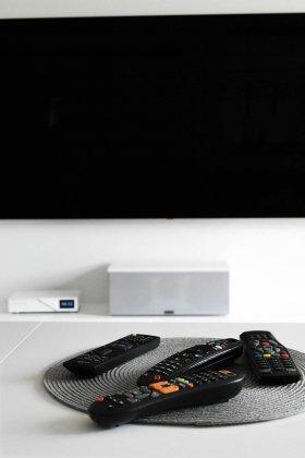 tv-4308538_1920 (1)